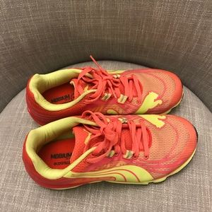 New PUMA Running Sneakers/Athletic shoes